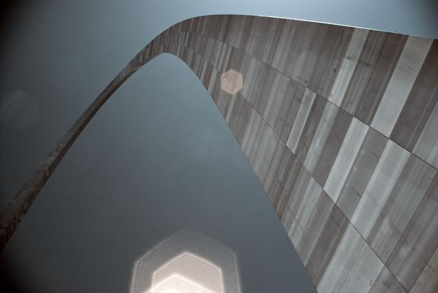 St. Louis - Gateway Arch Infrared #3